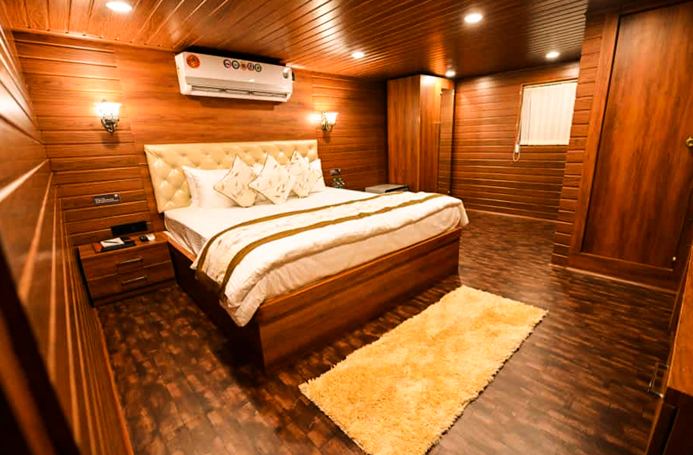 White Pearl Cruise